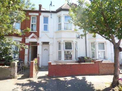 3 Bedrooms Terraced House for sale in London, Uk