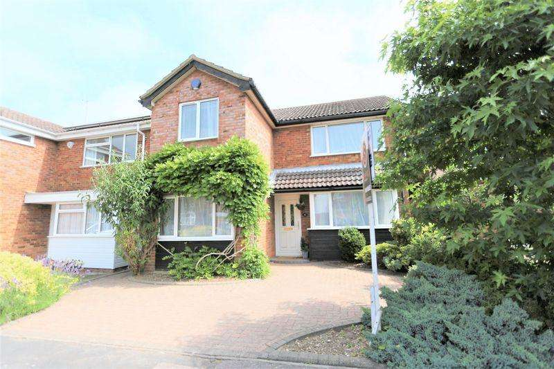 3 Bedrooms Detached House for sale in Crispin Field, Leighton Buzzard