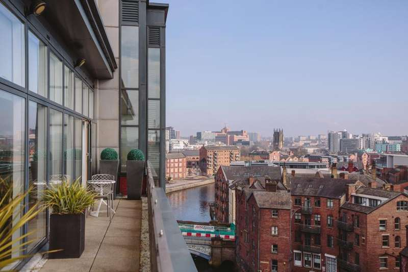 2 Bedrooms Apartment Flat for sale in The Quays