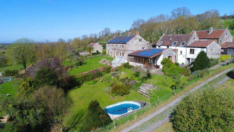 4 Bedrooms Detached House for sale in Mudgley, 2 miles south of Wedmore