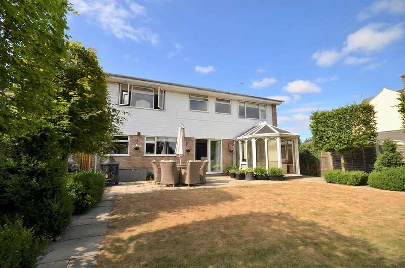 4 Bedrooms Detached House for sale in Albany Road, West Bergholt, CO6 3LB