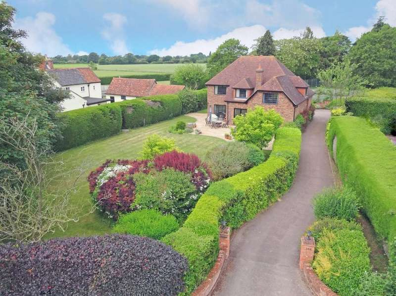 5 Bedrooms Detached House for sale in The Street, Rushmere St. Andrew, IP5 1DH