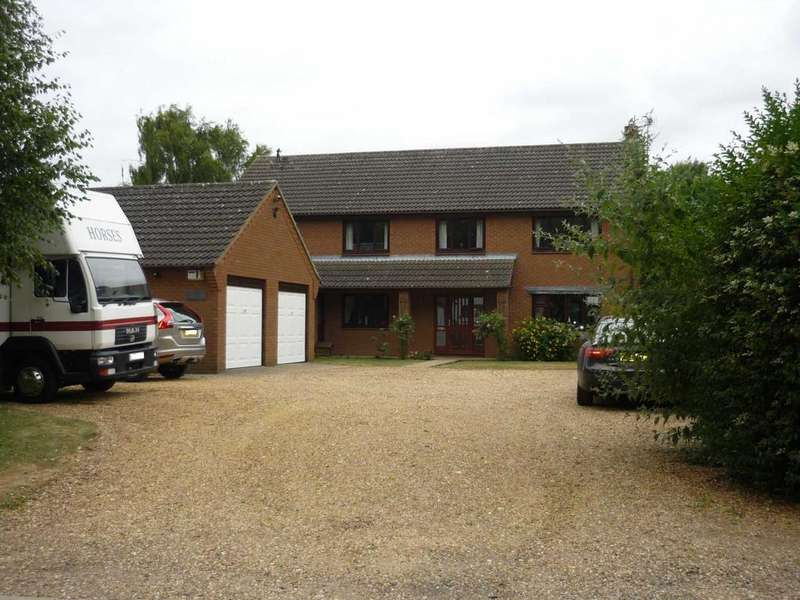 5 Bedrooms Detached House for sale in Knights End Road, March