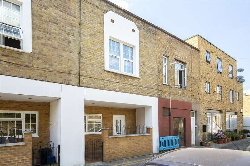 2 Bedrooms Terraced House for sale in Batley Place, London, N16