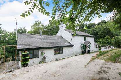 2 Bedrooms Detached House for sale in Eglwysbach, Colwyn Bay, Conwy, North Wales, LL28