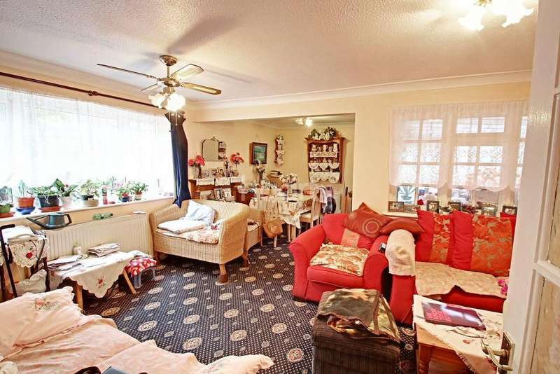 2 Bedrooms Bungalow for sale in Off New Bedford Road