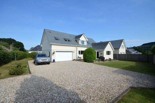4 Bedrooms Detached House for sale in Summerhill Road, Liverton, Newton Abbot, Devon