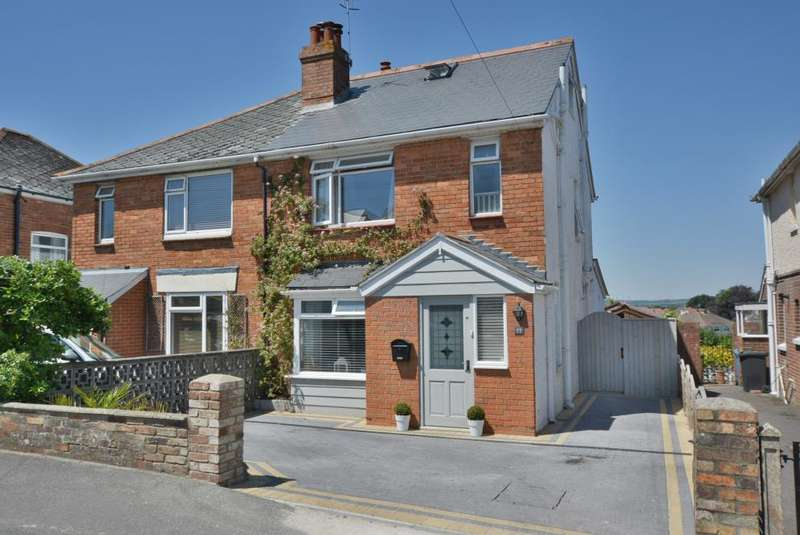 3 Bedrooms Semi Detached House for sale in St Marys Road, Heckford Park, Poole, BH15 2LJ