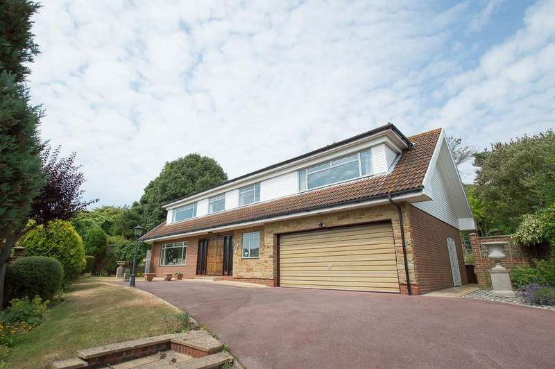 4 Bedrooms Detached House for sale in Meads Brow, Eastbourne