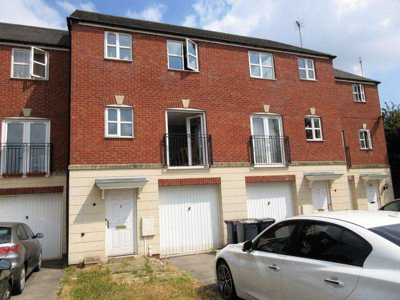 3 Bedrooms Mews House for sale in All Saints Close, Coalville