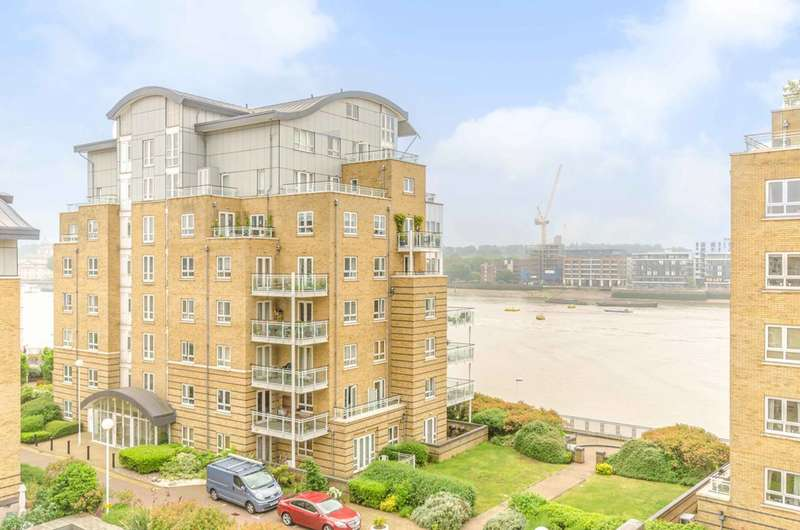 2 Bedrooms Flat for sale in St Davids Square, Canary Wharf, E14