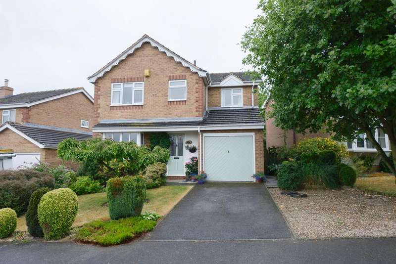 4 Bedrooms Detached House for sale in Acorn Ridge, Walton