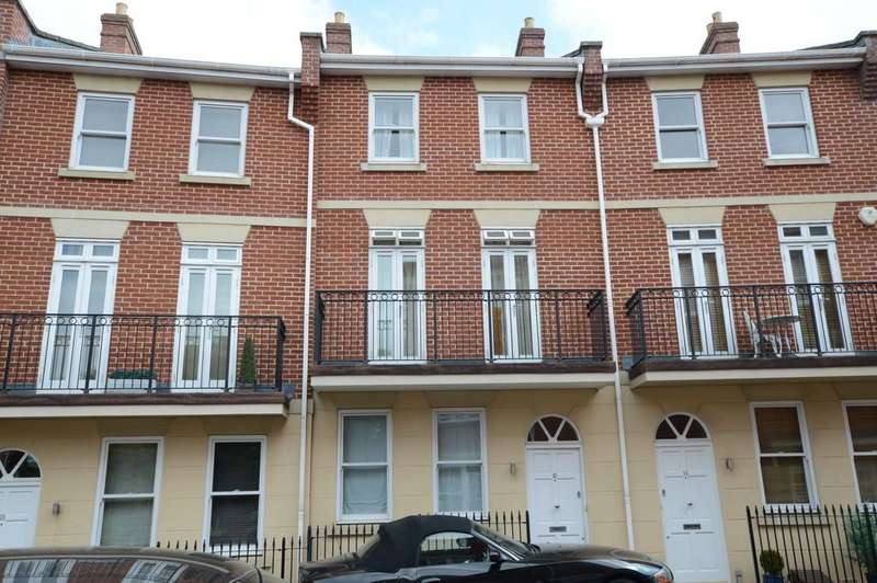 4 Bedrooms Town House for sale in Stephensons Place, Bury St Edmunds