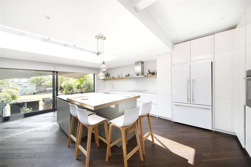 4 Bedrooms Semi Detached House for sale in Scutari Road, East Dulwich, London, SE22