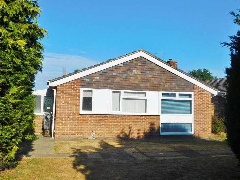2 Bedrooms Detached Bungalow for sale in Staplers Reach, Gosport