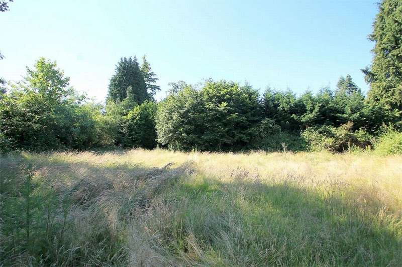 4 Bedrooms Land Commercial for sale in Macdonald Road, Lightwater, Surrey