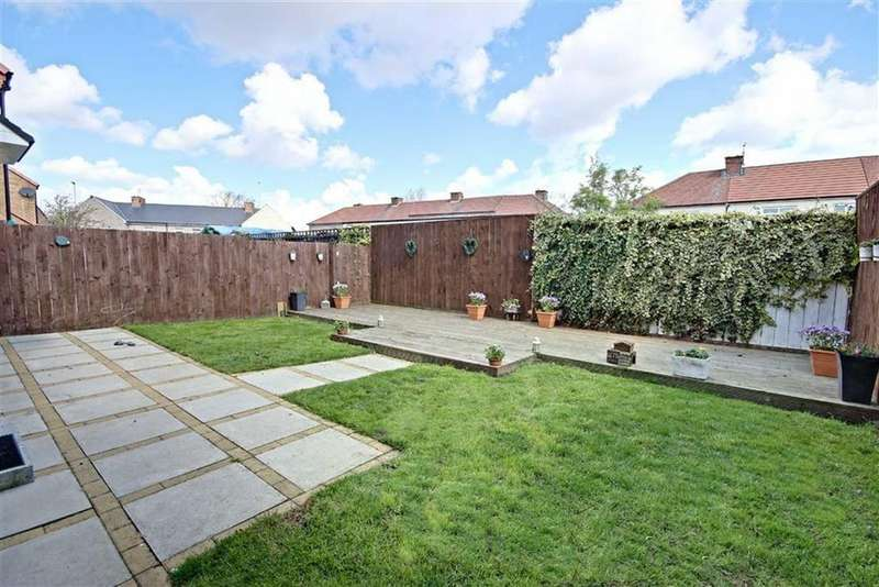 3 Bedrooms Link Detached House for sale in Oswald Close, Boldon, Tyne And Wear