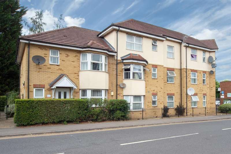 2 Bedrooms Flat for sale in Strathmore Avenue, Luton