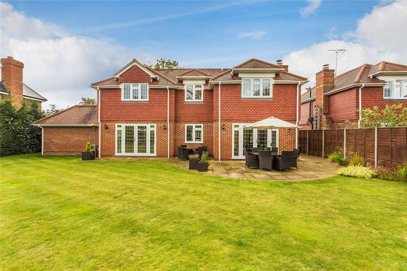 5 Bedrooms Detached House for sale in Woodham Park Road, Woodham, Surrey, KT15