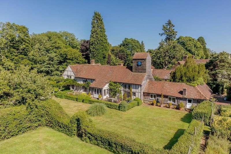 5 Bedrooms Detached House for sale in East Street, Rusper, Horsham, West Sussex