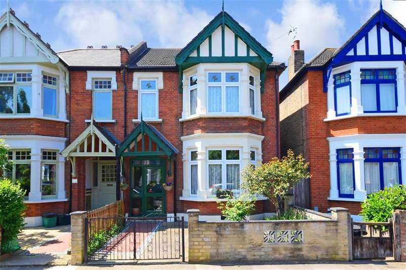 4 Bedrooms Semi Detached House for sale in Wanstead Park Avenue, Wanstead