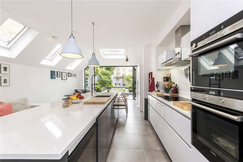 4 Bedrooms Terraced House for sale in Lysia Street, London, SW6