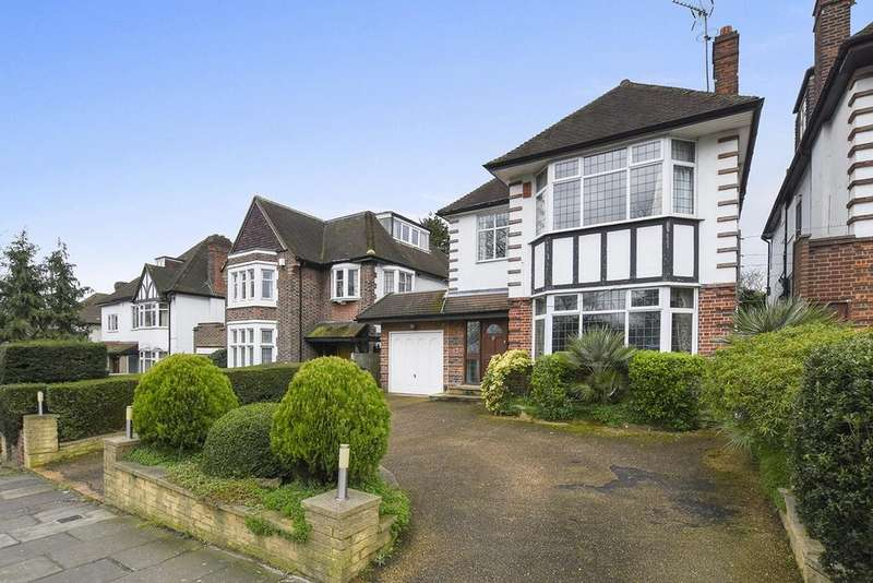 4 Bedrooms Detached House for sale in Powys Lane, Southgate, London, N14