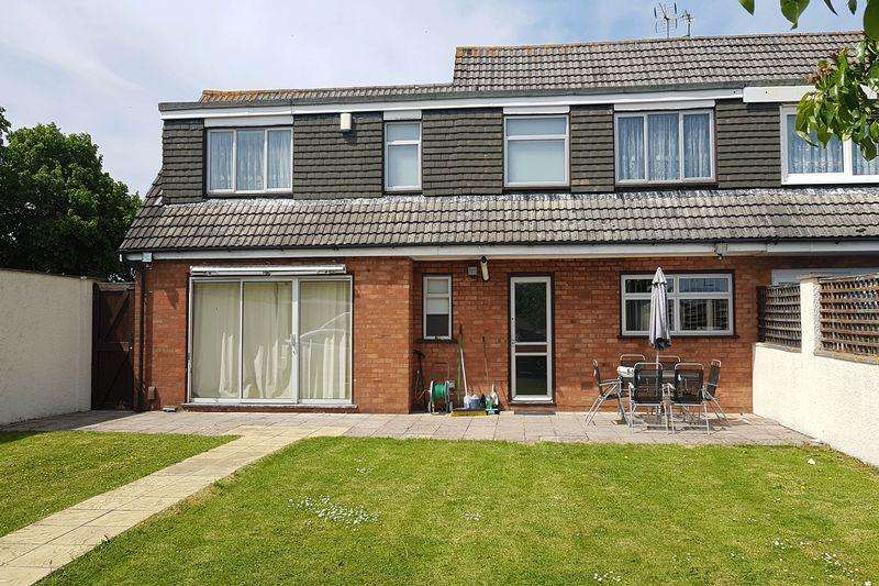 4 Bedrooms Terraced House for sale in Heatherdene, Bristol, BS14 0AA