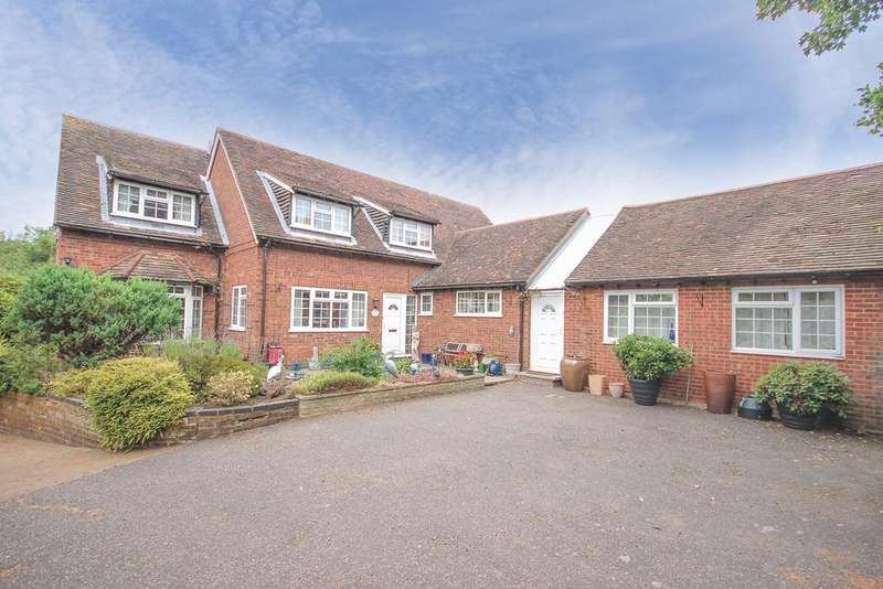 4 Bedrooms Detached House for sale in Great Lane, Clophill, Bedfordshire, MK45