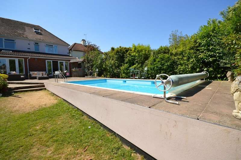 6 Bedrooms Detached House for sale in Darcy Road, Colchester