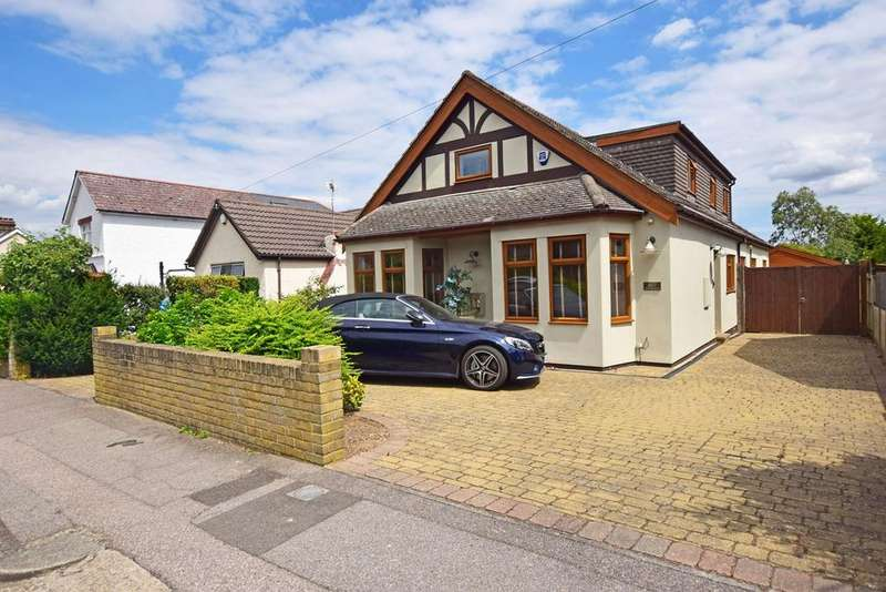 4 Bedrooms Chalet House for sale in Edwin Road, RAINHAM, ME8