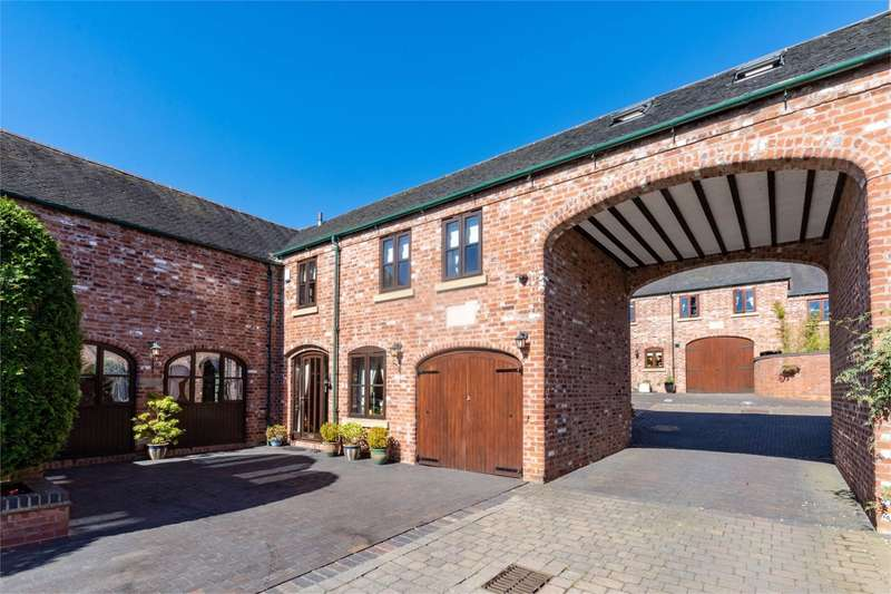 3 Bedrooms Mews House for sale in St Mary's Barns, Weeford, Lichfield, WS14