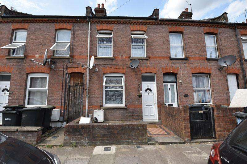 2 Bedrooms Terraced House for sale in Malvern Road, Luton