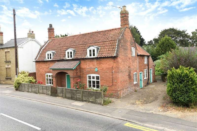 3 Bedrooms Detached House for sale in High Street, Heckington, NG34