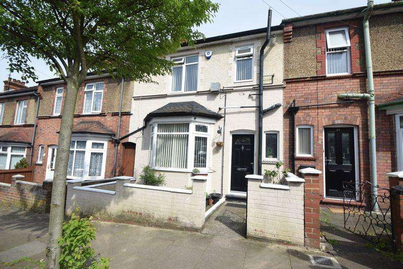 3 Bedrooms Terraced House for sale in Ferndale Road, Luton