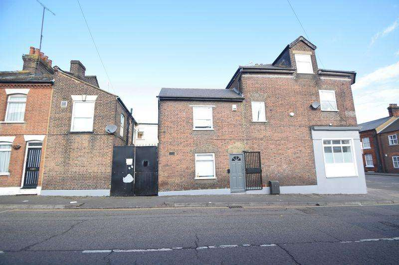 11 Bedrooms Block Of Apartments Flat for sale in Park Street, Luton