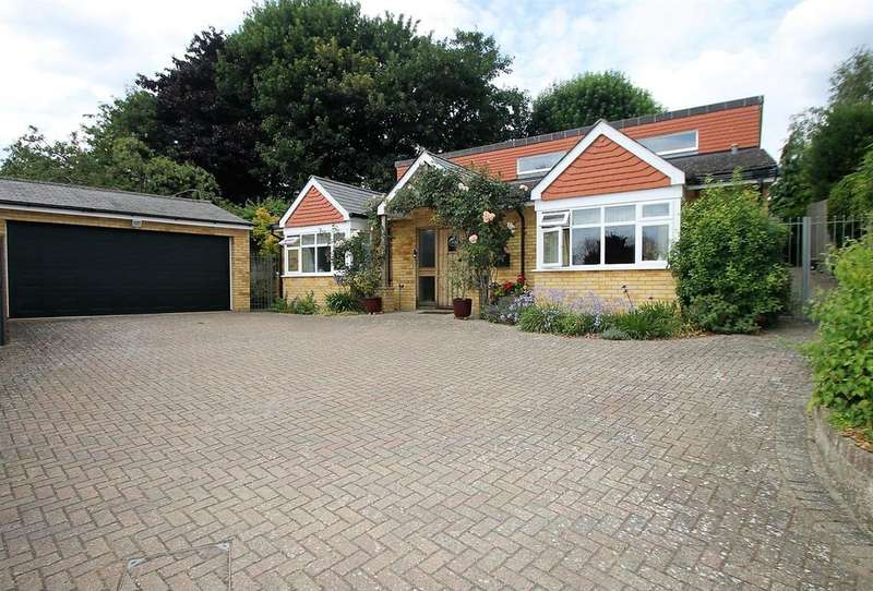 2 Bedrooms Bungalow for sale in North Street, Barming, Maidstone