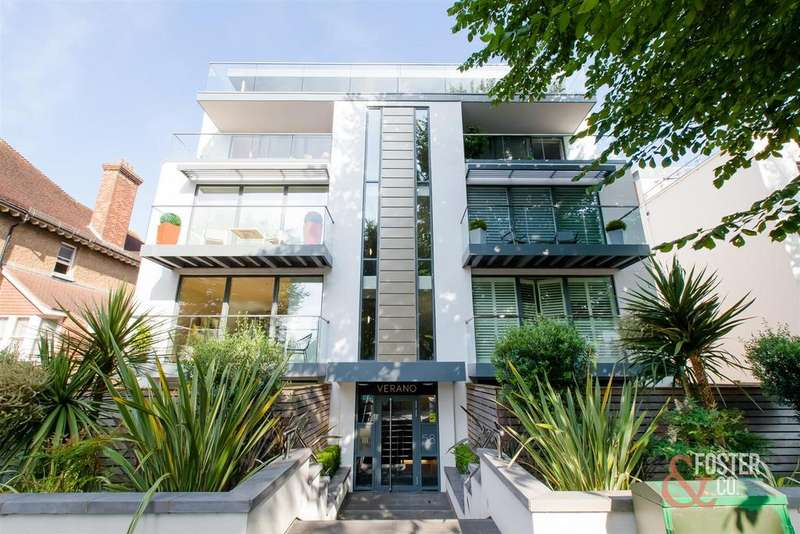 3 Bedrooms Apartment Flat for sale in Palmeira Avenue, Hove