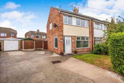 3 Bedrooms Semi Detached House for sale in Kinnerton Place, Thornton-Cleveleys, FY5