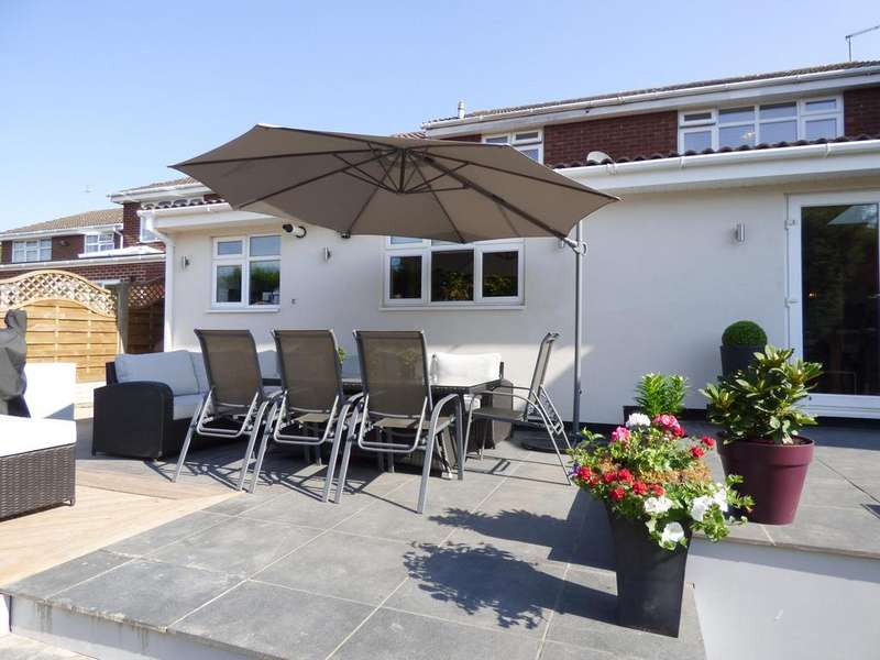 4 Bedrooms Detached House for sale in 12 Gowland Drive, Cannock, WS11 1TG