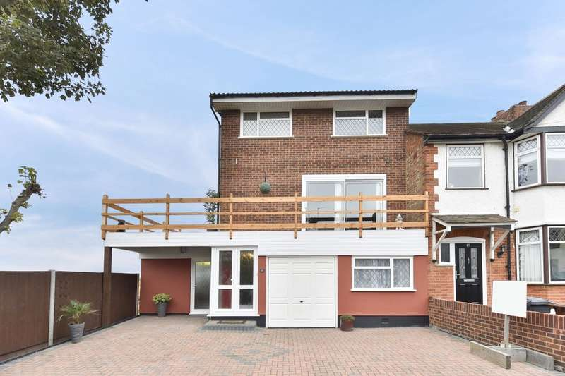 4 Bedrooms Property for sale in Sylvan Avenue, Chadwell Heath, Romford, RM6