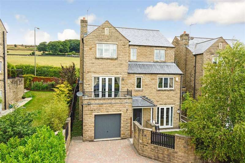 5 Bedrooms Detached House for sale in Halstead Close, Ripponden