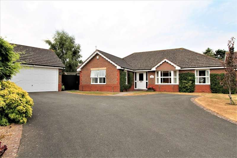 3 Bedrooms Bungalow for sale in Goddard Close, Bushby, Leicester