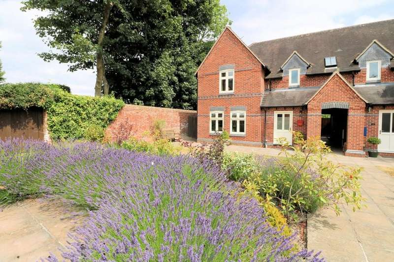 3 Bedrooms Semi Detached House for sale in Cliftonthorpe, Ashby-de-la-Zouch
