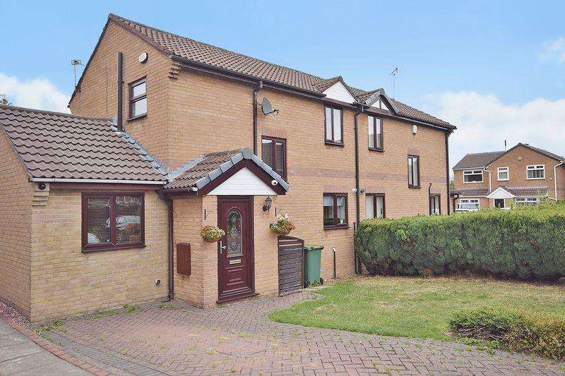3 Bedrooms Semi Detached House for sale in Marling Park, Widnes