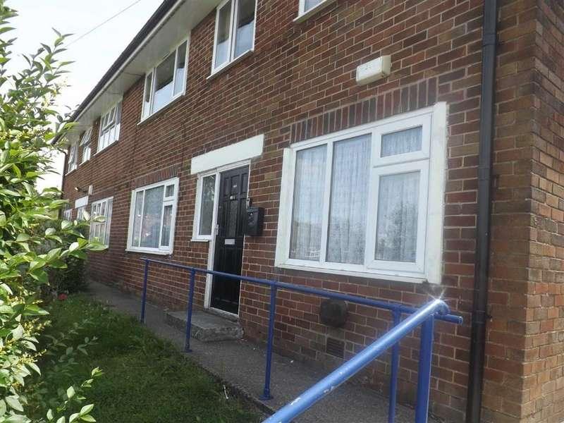 2 Bedrooms Flat for sale in Brownbirks Road, Huncoat