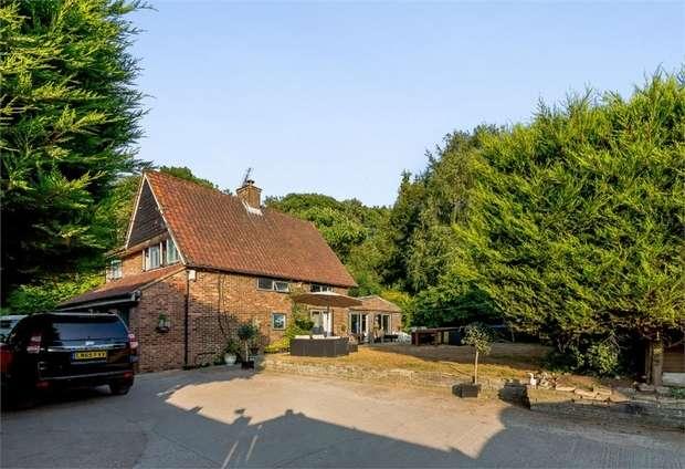 4 Bedrooms Detached House for sale in Horton Way, Farningham, Dartford, Kent