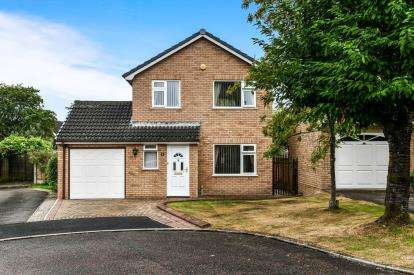 3 Bedrooms Detached House for sale in The Spinney, Lancaster, Lancashire, LA1