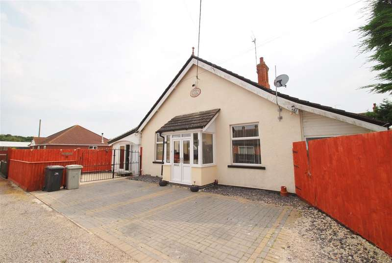 4 Bedrooms Detached House for sale in Church Lane, Winthorpe