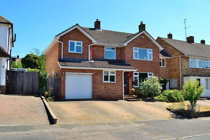 4 Bedrooms Detached House for sale in Andrews Road, Earley, Reading, Berkshire, RG6 7PJ